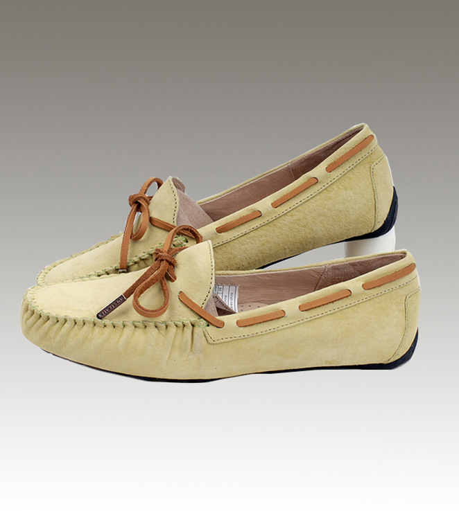 UGG Dakota 1650 Sand Slippers